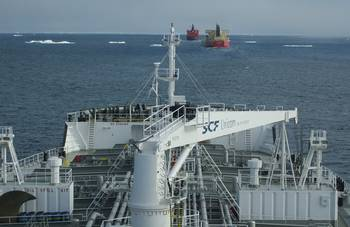 File SCF Amur in Northern Sea Route Convoy: Photo credit Gazprom