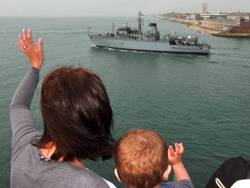 File HMS Atherston Departs: Photo credit MOD