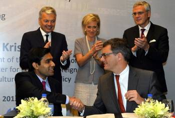 File The signing ceremony in Mumbai