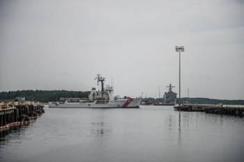 File (U.S. Coast Guard photo by 2nd Class Walter Shinn)