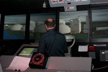 File LNG training for Magnolia LNG inMSI's Full Mission Bridge. (Photo courtesy is MSI)
