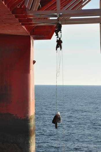 File Greenpeace activists boarding the drilling rig Transocean Spitsbergen.Photo credit: Transocean.