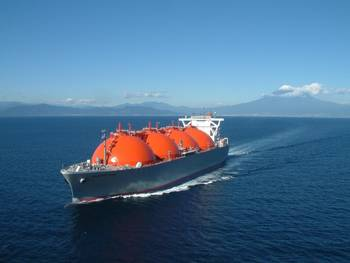File LNG Carrier: Photo credit CCL2