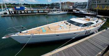 File Oyster 885 Yacht for Fitting Out: Photo courtesy of Oyster