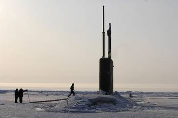 File Los Angeles-class fast attack submarine USS Alexandria (SSN 757) is submerged after surfacing through two feet of drifting ice about 180 nautical miles off the north coast of Alaska. U.S. Navy photo by Shawn P. Eklund