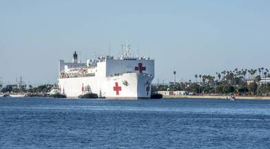USNS Mercy (T-AH 19) arrives in Los Angeles March