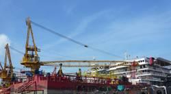 100m 300men accommodation / work barge