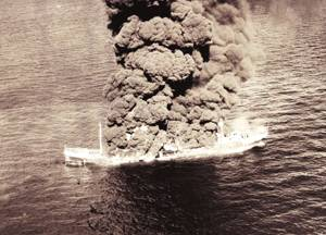 14 May, 1942, U. S. Army Air Corps photographs of the burning tanker Potrero del Llano location.  (Credit: Images courtesy of National Archives, College Park, MD )