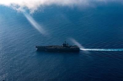 Aircraft carrier USS Theodore Roosevelt (CVN 71) (U.S. Navy photo by Brandon Richardson)
