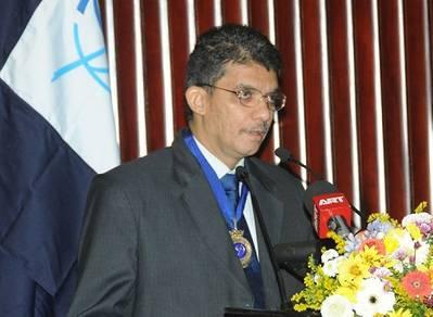 Captain Sivaraman (Krish) Krishnamurthi FNI, President of The Nautical Institute, speaking at the Institute's 2013 AGM & Seminar in Colombo, Sri Lanka