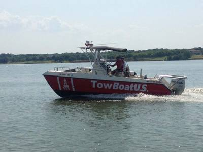 Capt. Steven Moore Takes the Helm of TowBoatUS Lake Lewisville, Texas