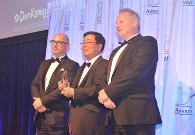 ClassNK Chairman and President Noboru Ueda receiving the award