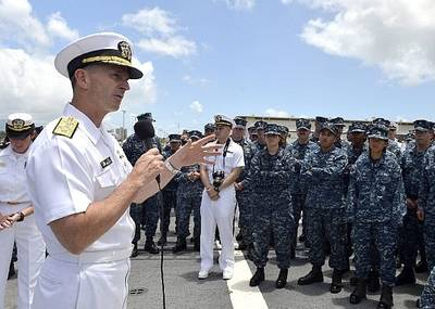 CNO Adm. Jonathan Greenert on ship visit: Photo credit USN