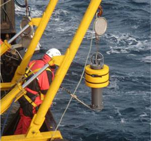 Deployment of Arctic AMAR recorder (photo courtesy Fugro GEOS Ltd)