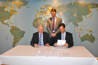 Egil Aarstad (Managing Director and General Manager at Jeppesen Norway AS), Odd Arne Haueng (Maritime Director at RS) and Evert Flier (Director at Norwegian Hydrographic Service)