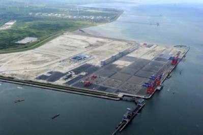 Eurogate Container Terminal: Photo credit Port of Wilhelmshaven