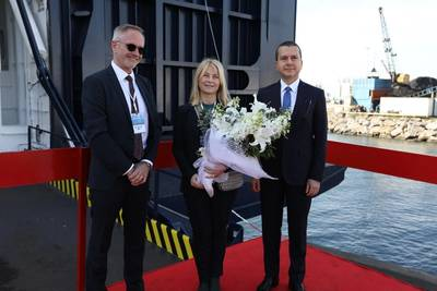EVP Peder Gellert, Sponsor Eva Lundstedt and SVP Selçuk Boztepe at the naming ceremony in Istanbul. Photo: DFDS