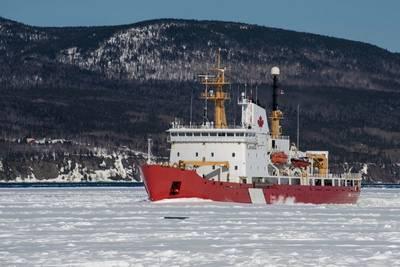 File image of a Canadian Coast Guard icebreaker (CREDIT: AdobeStock / © Dennis Comeau