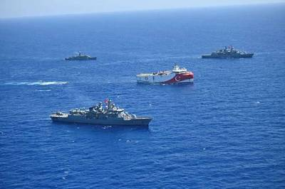 Frigates and corvettes of the Turkish Naval Forces escorting ORUC REİS seismic vessel while conducting surveys in the Eastern Mediterranean - Credit: Turkish Defense Ministry