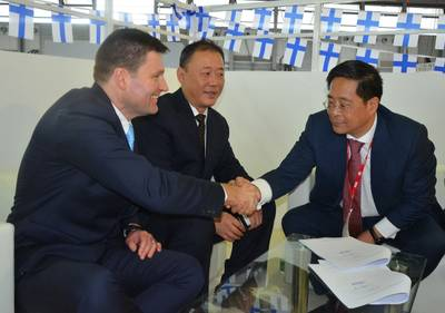 From left: Ian Stentiford, Senior Vice President, Evoqua Electrocatalyitc; Charlie Wang, General Manager, Hai Cheung China; Randolph Zhang, President Infinitus Holding (Photo: Evoqua)