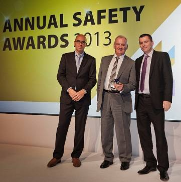 (From left to right) Gerard Rohan, SVP – Continental Europe, and Bill Abbott, Group Scaffold Manager, who collected the 'Safety Innovation' award on behalf of the Scaffold Design Team, with Mike Mann, SVP – Global HSSEQ (all Stork Technical Services)