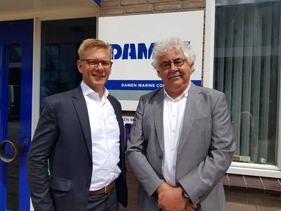 from left to right: Peter Kok (former Owner/Managing Director WK Hydraulics), Steef Staal (Managing director, Damen Marine Components)  (Photo: DMC)