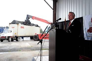 Georgia Governor Nathan Deal, along with the Georgia Ports Authority and Cordele Intermodal Services,  announces a new Memorandum of Understanding (MOU) during an event, Wednesday, July, 10, 2013,  at the Cordele Intermodal Services in Cordele, Ga.  The new inland port agreement will create and expand  international markets for regional business. (GPA Photo/Stephen Morton)
