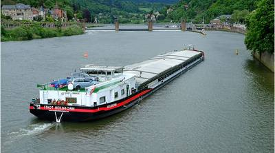 Germany – Waterway Barge: Photo CCL attributed to Gerd W. Zinke