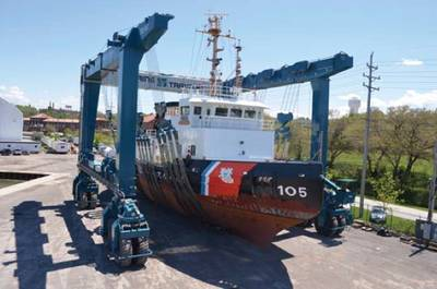GLS hoist scene: Photo courtesy of Great Lakes Shipyard