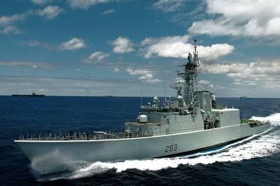 HMCS Algonquin: Photo credit Wiki CCL