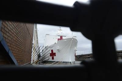 Hospital ship USNS Comfort (T-AH 20) at Pier 90 in New York. (U.S. Navy photo by Adelola Tinubu)
