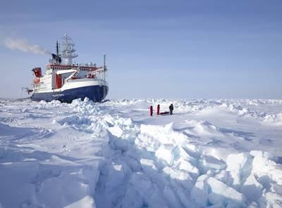 Alfred-Wegener-Institut_Michael Gutsche (CC-BY 4.0)_Polarstern MOSAiC Expedition