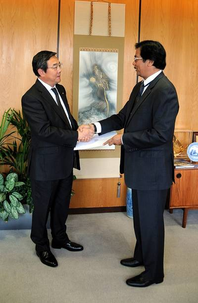 IMO SecGen, Indonesian Ambassador: Photo credit IMO