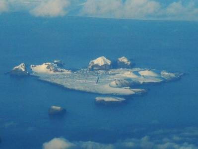 Island of Heimaey: Photo credit Wikimedia CCL  Bruce McAdam