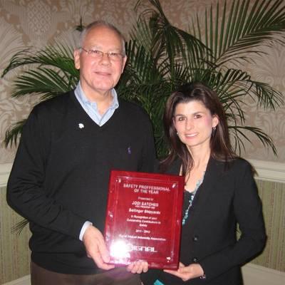 Jodi Satches Receives Award: Photo credit Bolligner