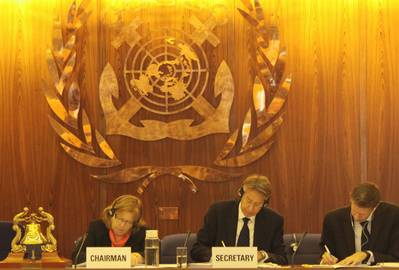 London Protocal amendment signing: Photo courtesy of IMO