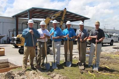 L-R: Jeff Hubert, Ken Sahibs, John Ratto, Boston Whaler President Nick Stickler, Mike Hertweck, David Adams. (Photo: BCGP)