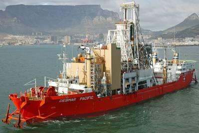Mining vessel Debmar Pacific departing from Cape Town, outfitted with new Wärtsilä gensets (Photo: Wärtsilä)