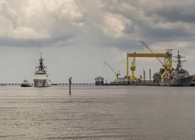 National Security Cutter James (WMSL 754) sails away from Ingalls Shipbuilding. (Photo: Lance Davis/HII)
