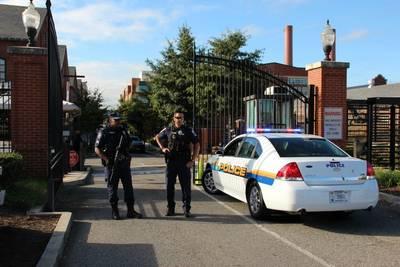 Navy Yard entrance: Photo credit USN