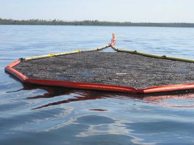 Oil spill containment. Image: Canadyne Technologies