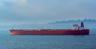 Oil tanker in China - Image by Igor Groshev