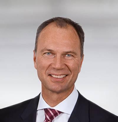 Pekka Paasivaara, Member of the GL Group Executive Board