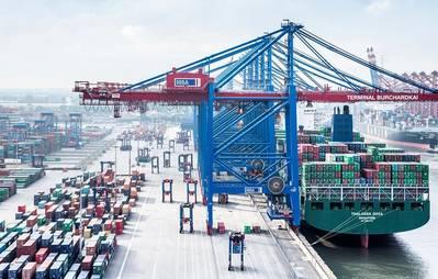 Photo: Hamburger Hafen und Logistik AG