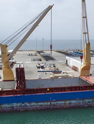 Photo: Port of Huenene