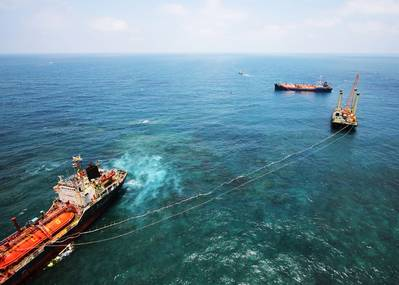 Photo: the wreck removal of  the freighter LPG OBERON  from the Taiwan Strait.