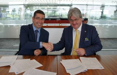Pictured (L-R): Nick Brown, Marine and Offshore Director, Lloyd's Register and Andrew Marshall, Chief Executive, Coldharbour Marine. (Photo: Coldharbour Marine)