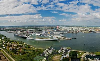 Port Panorama: Photo courtesy of Port Everglades