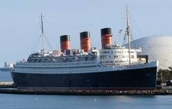 'Queen Mary' at Long Beach: Photo credit Wiki CCL 'Altair78'
