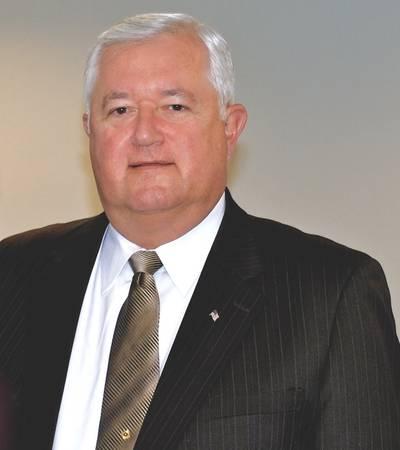 Retlif President Walter Poggi